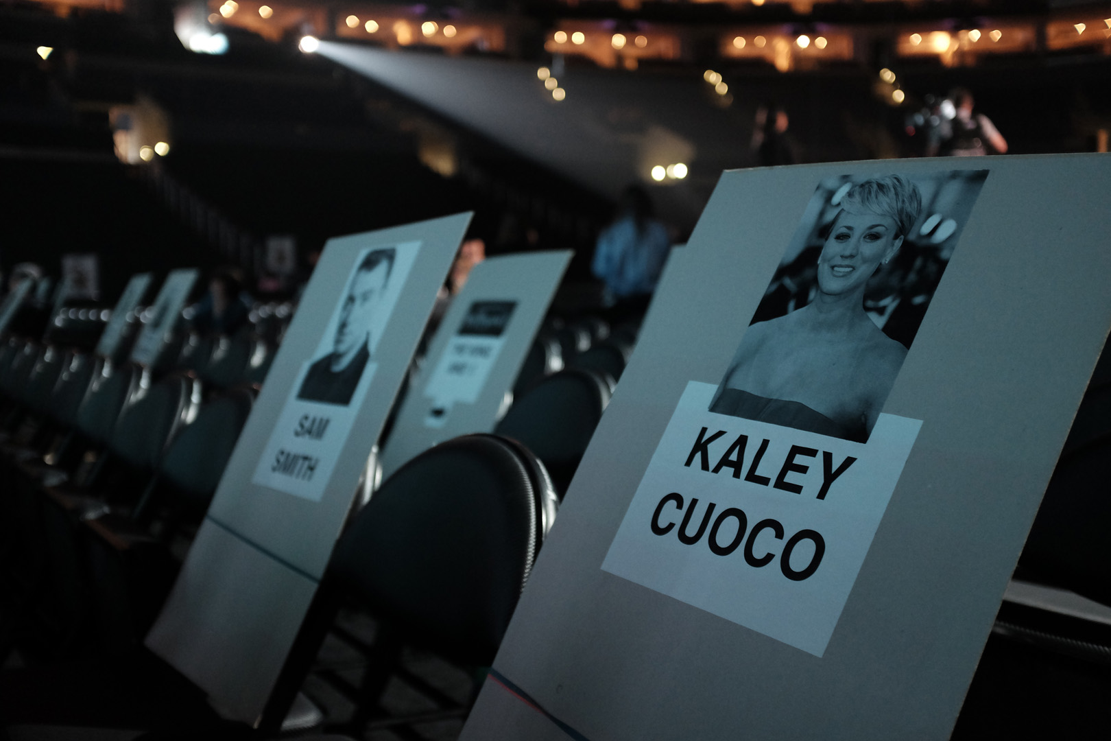 Sam Smith and Kaley Cuoco will sit side-by-side at the GRAMMYs.