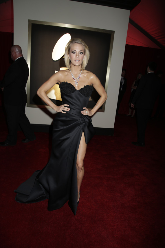 GRAMMYs 2016: Carrie Underwood
