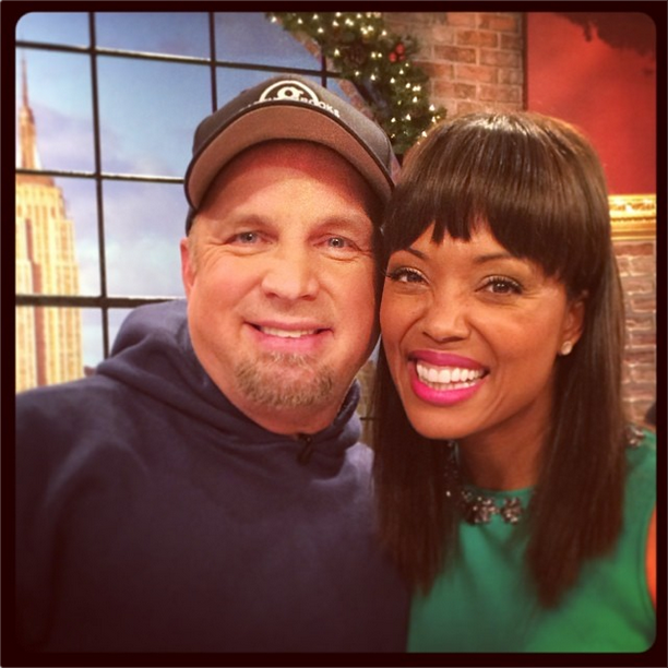 Garth Brooks and Aisha Tyler