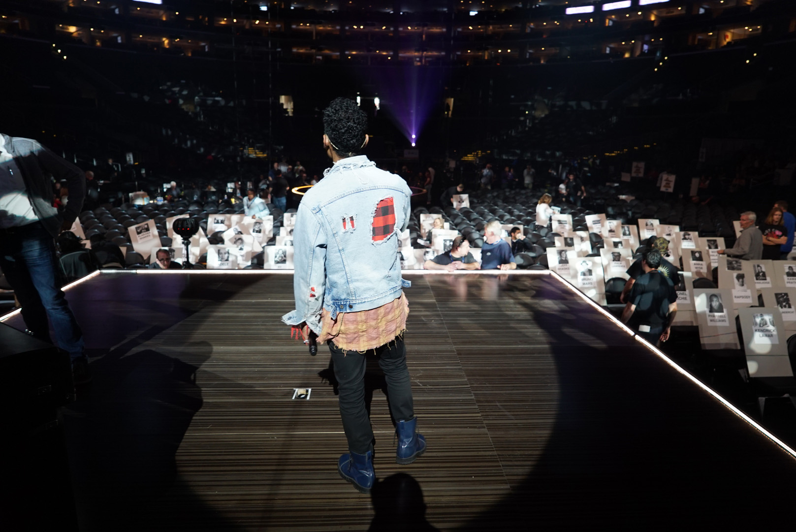 Miguel takes to the stage to run through his 2016 GRAMMY performance.