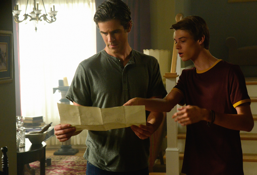 Eddie Cahill as Sam Verdreaux and Colin Ford as Joe McAlister.