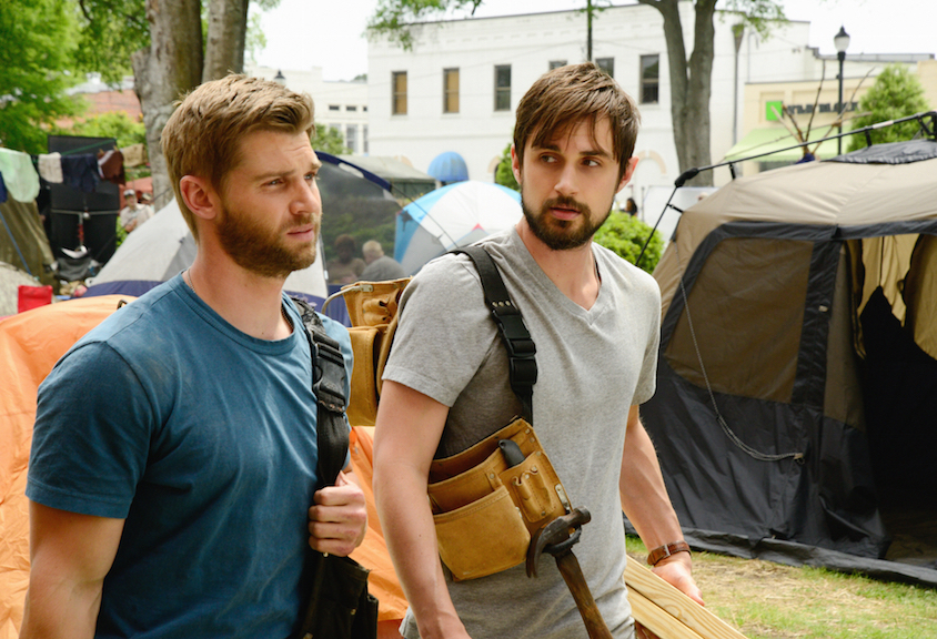 Mike Vogel as Dale