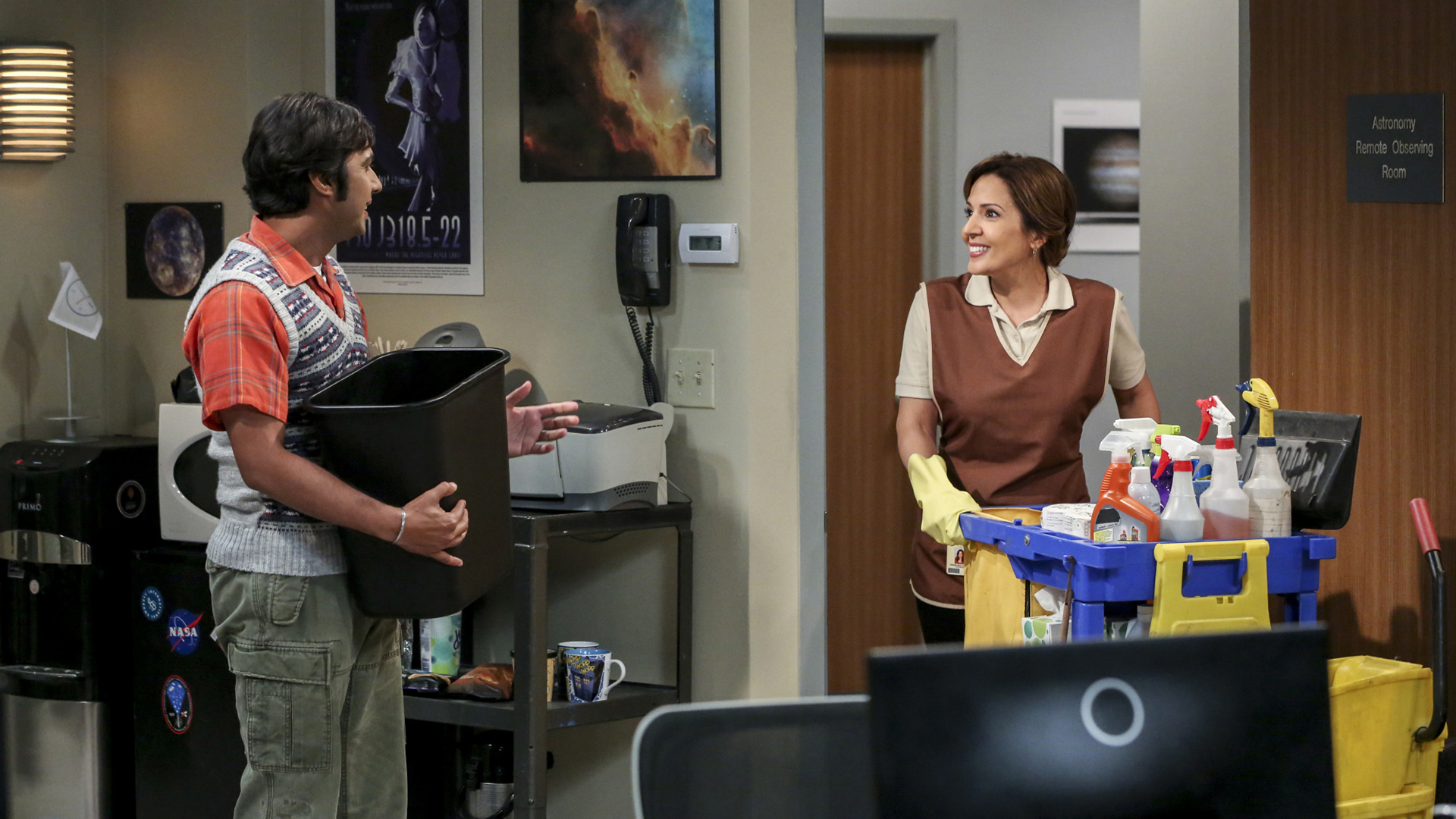 Raj takes a liking to the university's cleaning lady, Issabella.