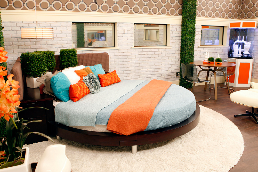 HoH Bedroom