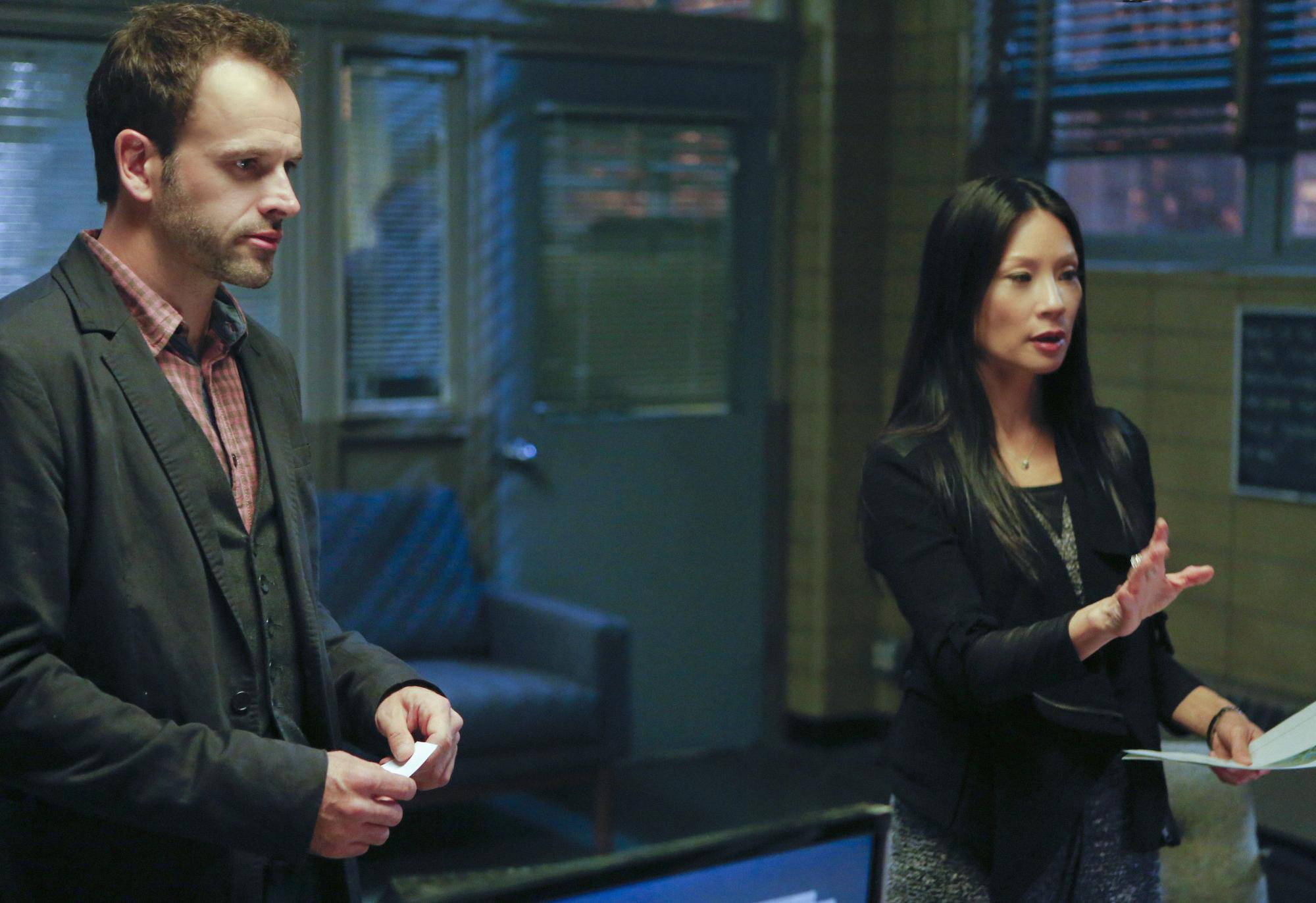 Sherlock and Watson Investigate a Murder Case