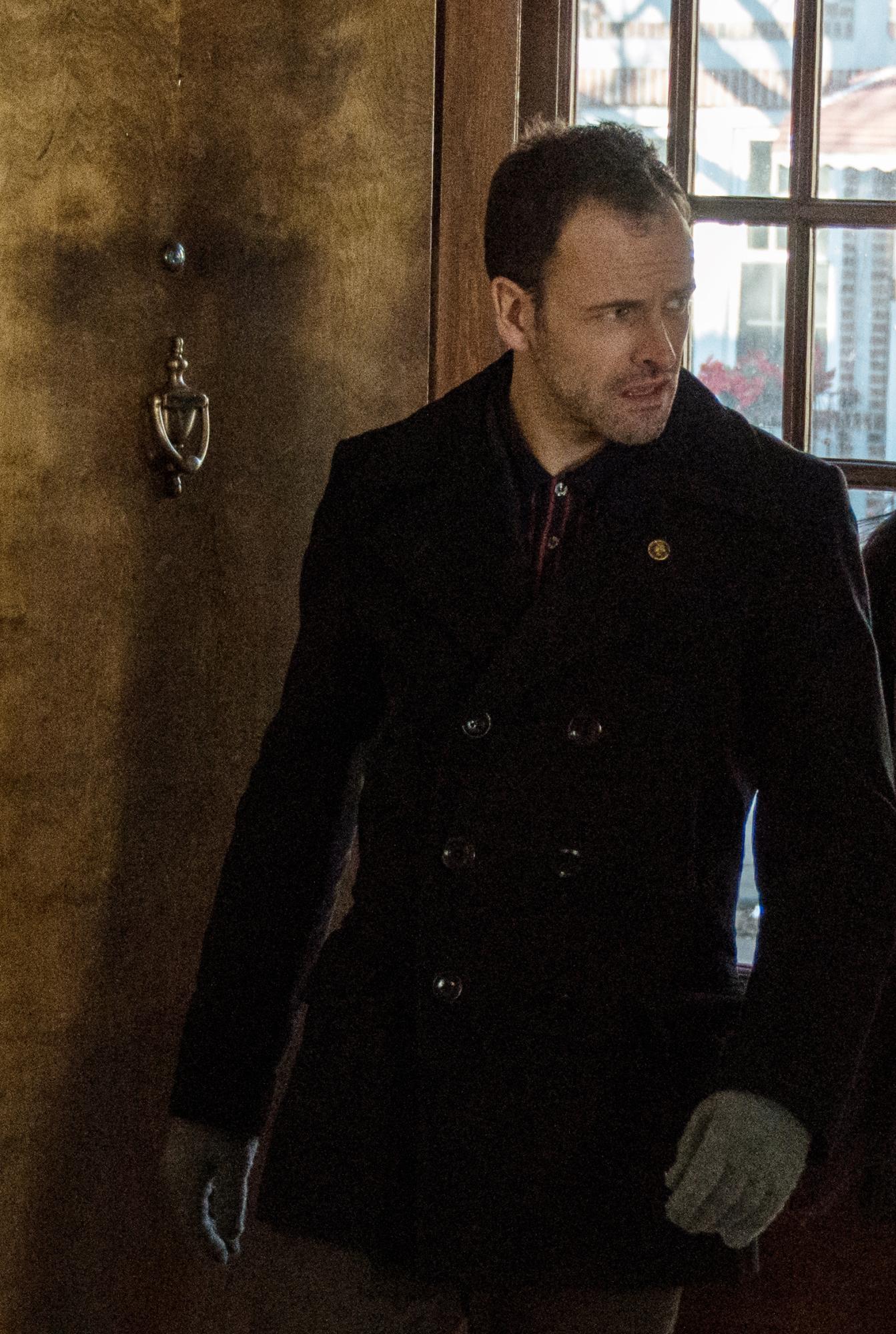 Sherlock Pursues Martin Ennis