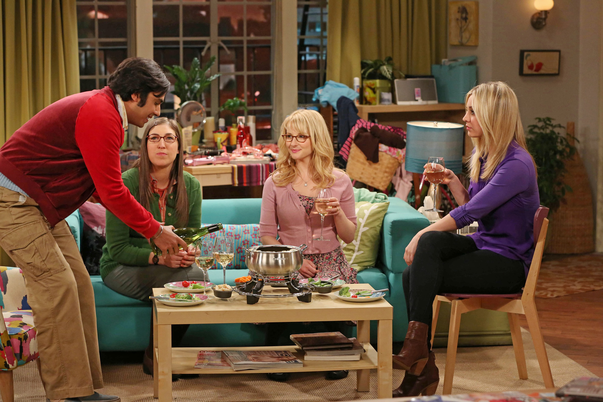 """The Girls and Raj in """"The Contractual Obligation Implementation"""