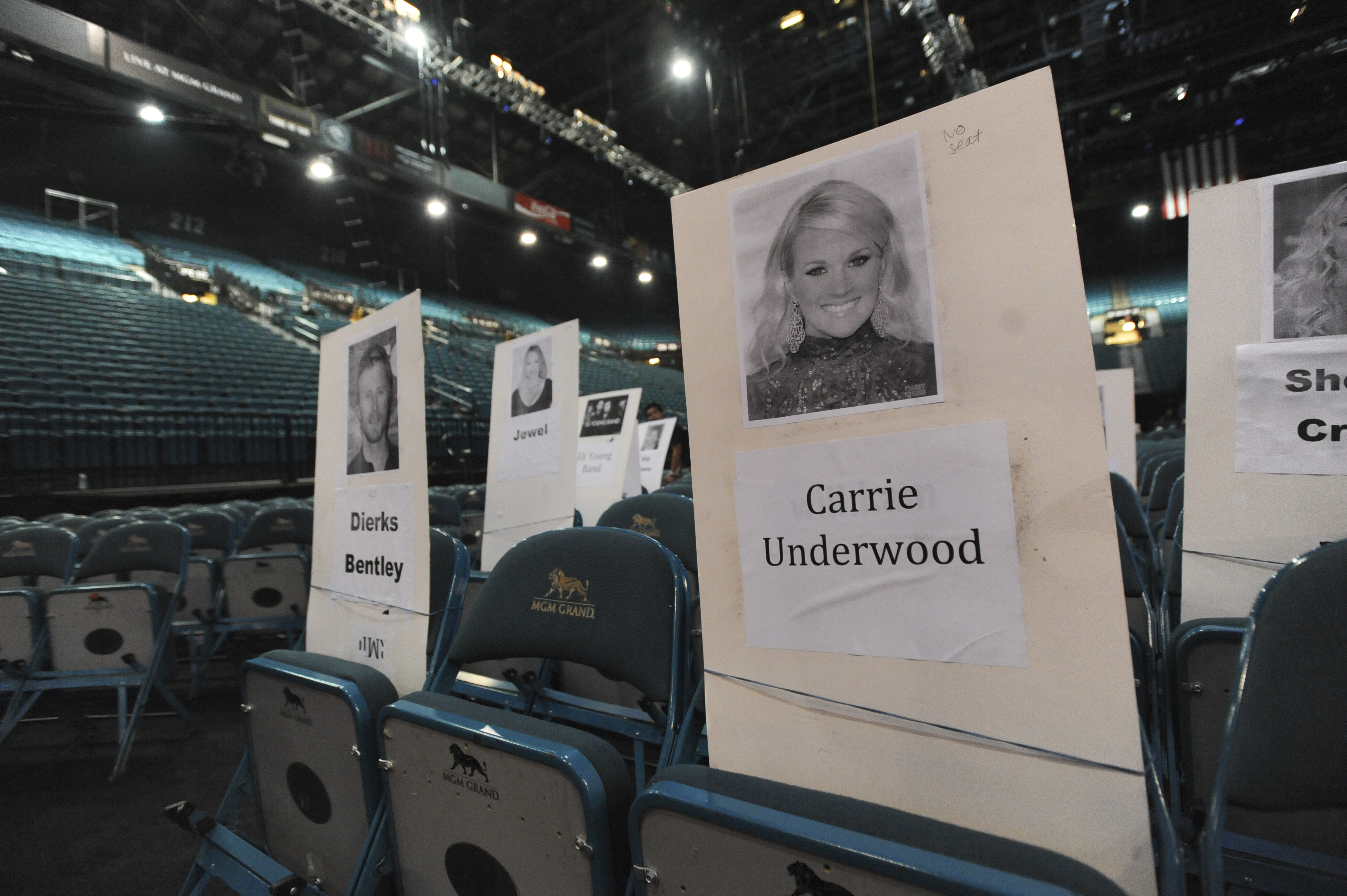 Carrie Underwood and Dierks Bentley