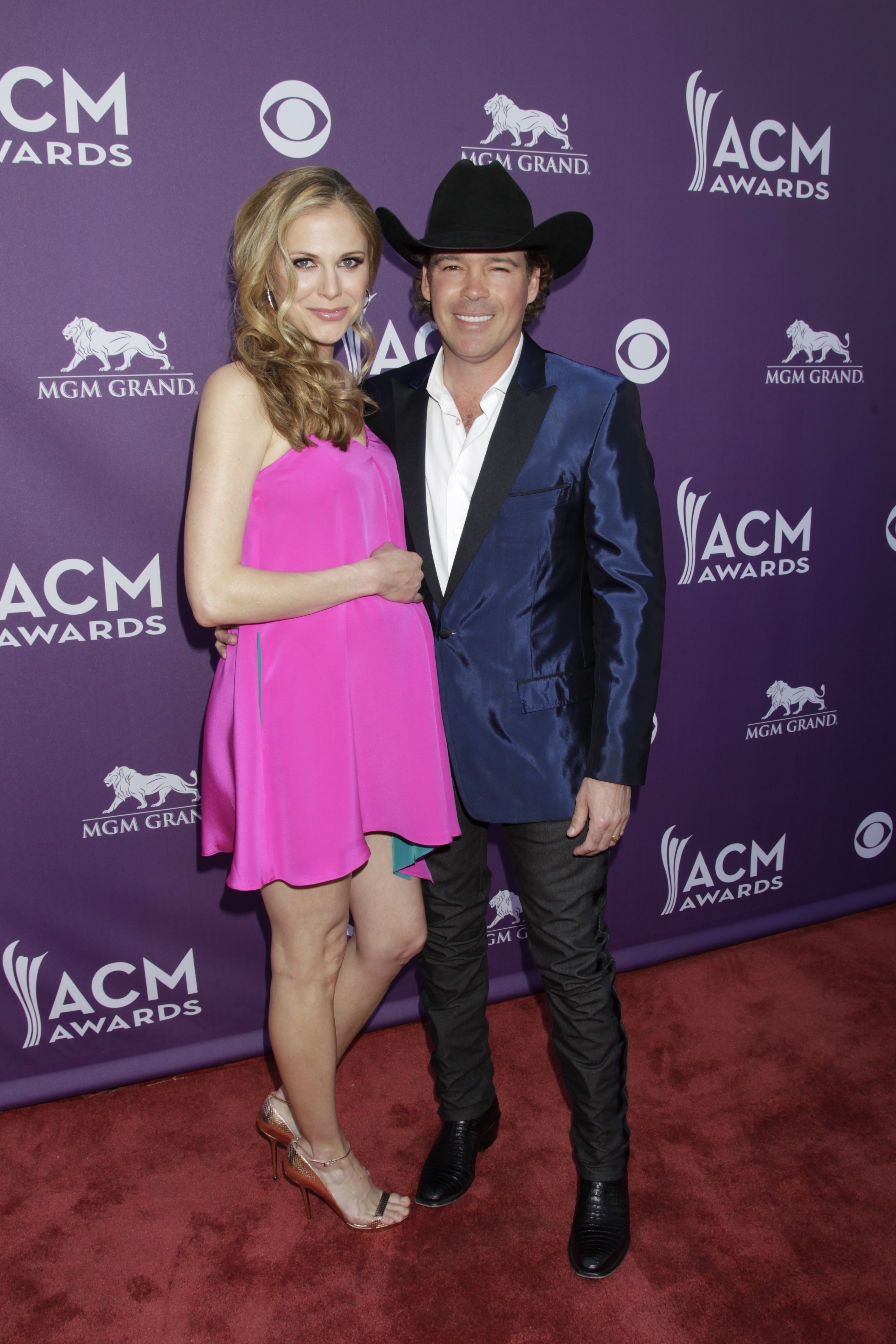 Jessica Craig and Clay Walker on the Red Carpet - 48th ACM Awards