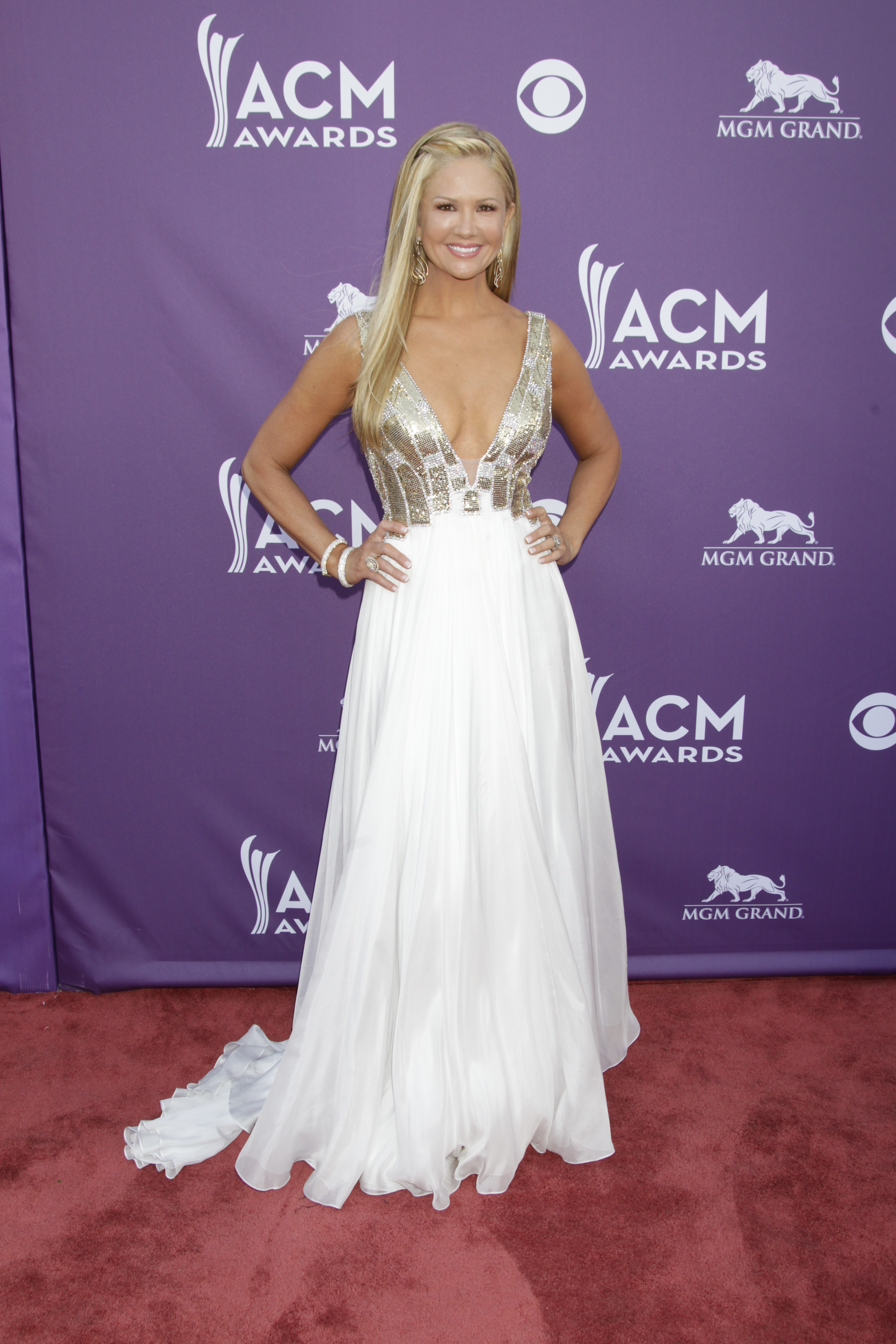 Nancy O'Dell on the Red Carpet - 48th ACM Awards