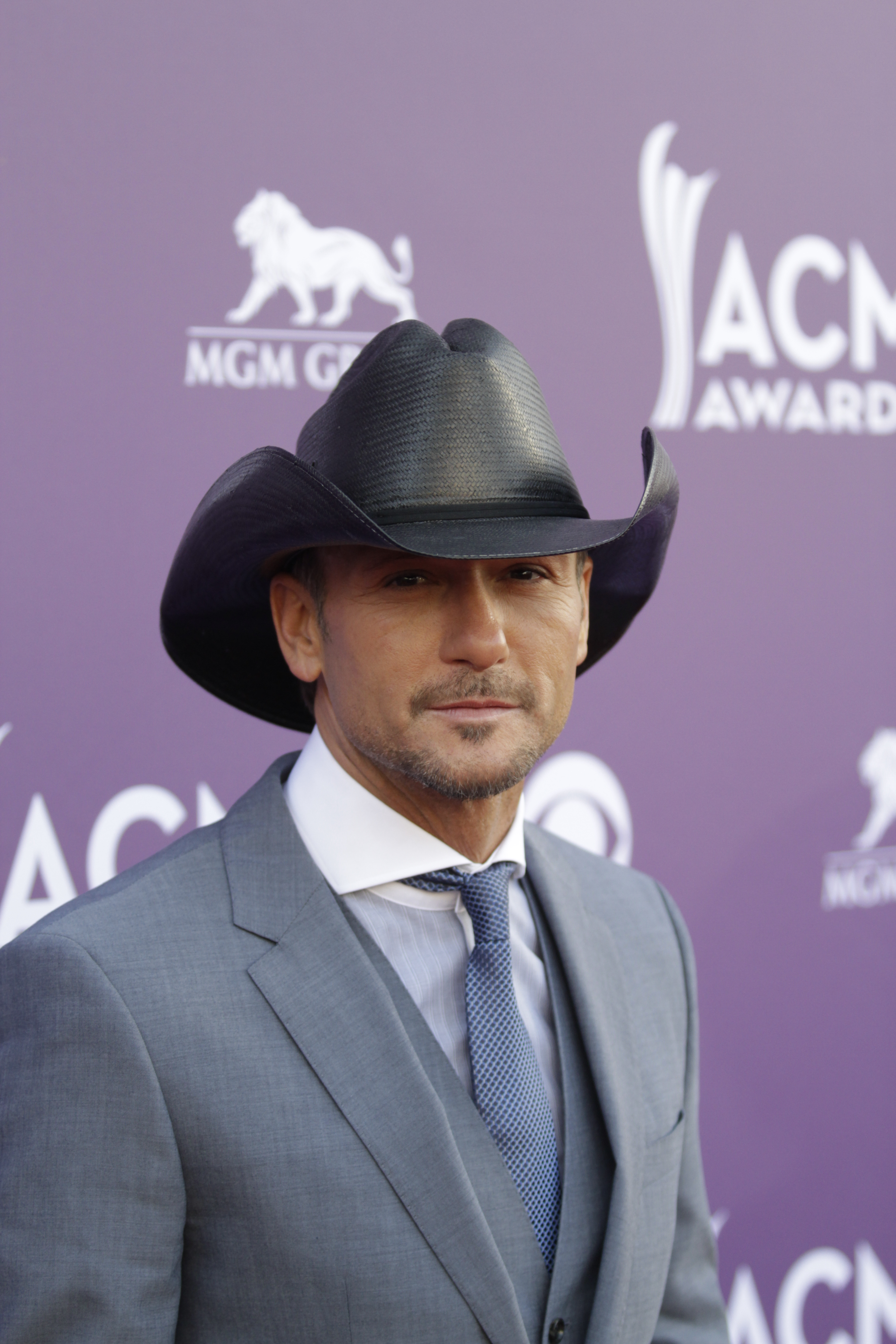 Tim McGraw on the Red Carpet - 48th ACM Awards