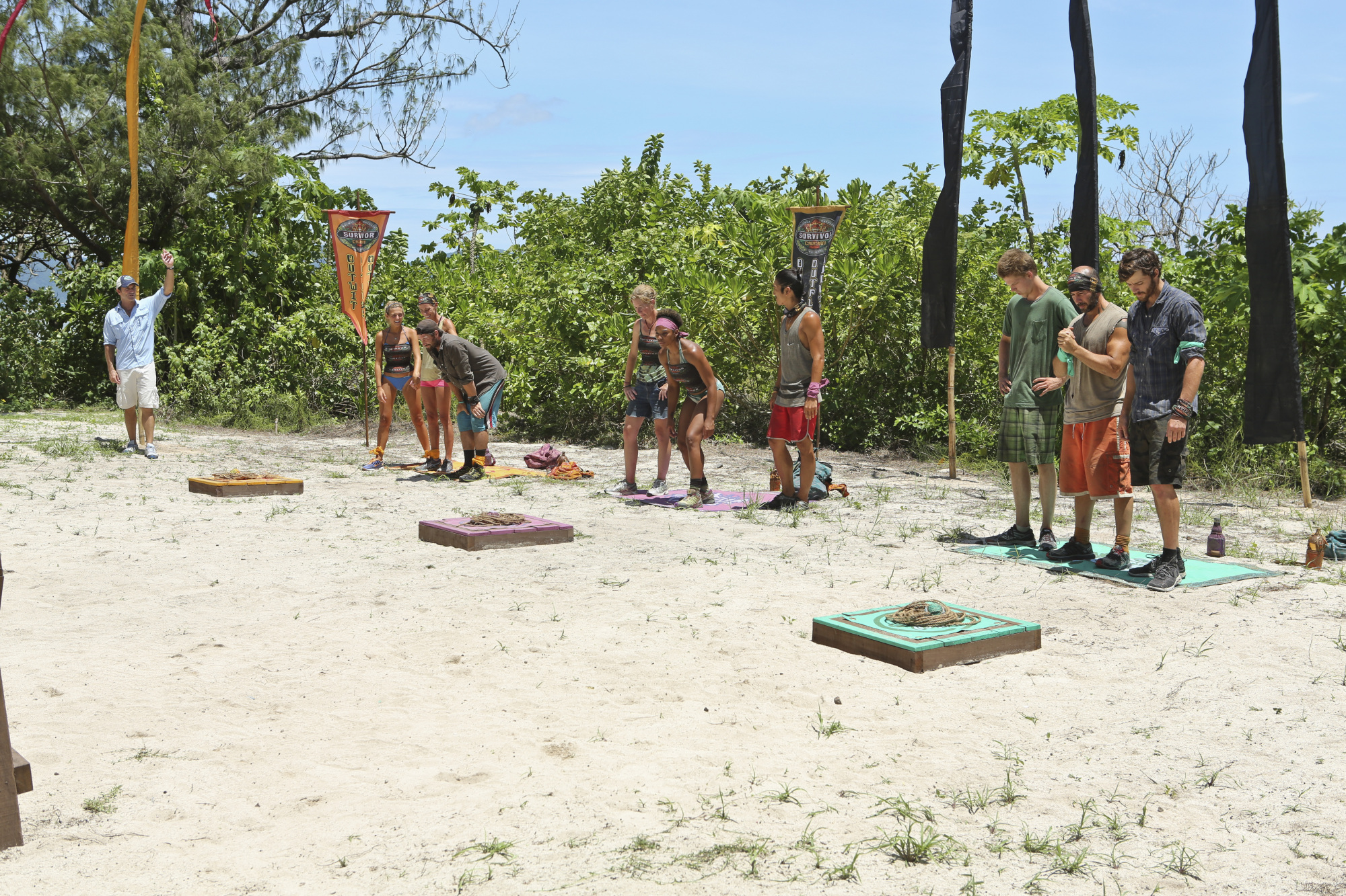 Three teams compete in Season 28 Episode 8