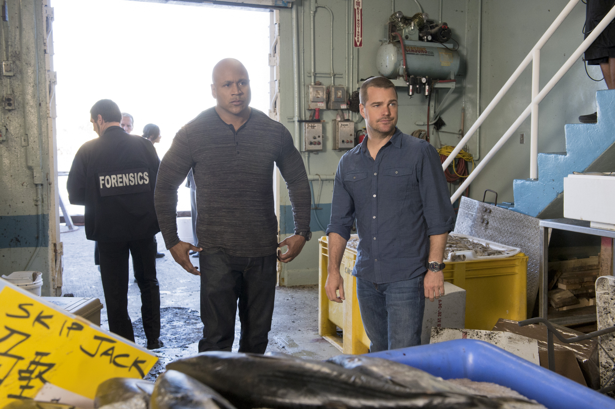 """What Happened Here? in """"Fish Out of Water"""" S5 E16"""