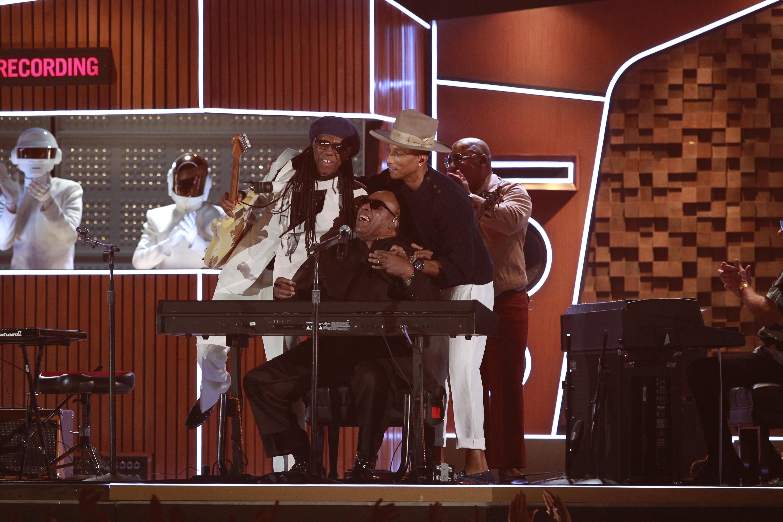 Daft Punk, Stevie Wonder, Pharrell & Nile Rodgers Perform - GRAMMYs 2014 - CBS.com