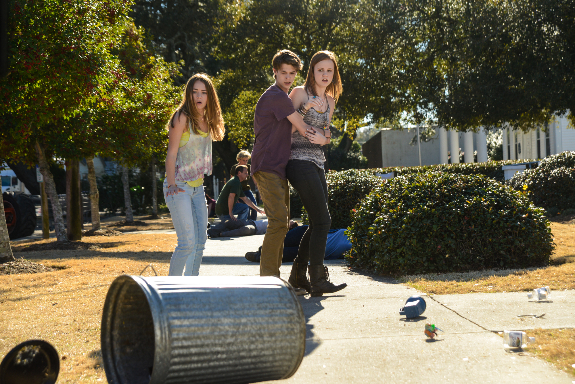 Season 2 Premiere - Under The Dome - CBS.com