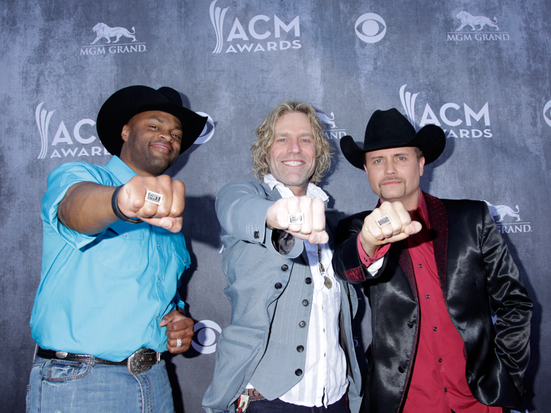Big & Rich on the Red Carpet - 49th ACM Awards