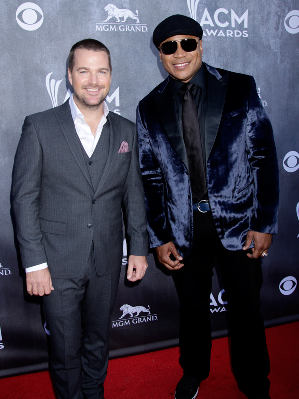 Chris O'Donnell and LL Cool J on the Red Carpet - 49th ACM Awards