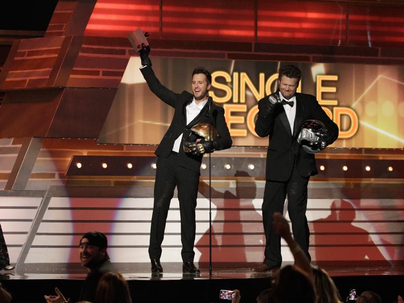 Blake Shelton and Luke Bryan Prank the Audience - 49th ACM Awards