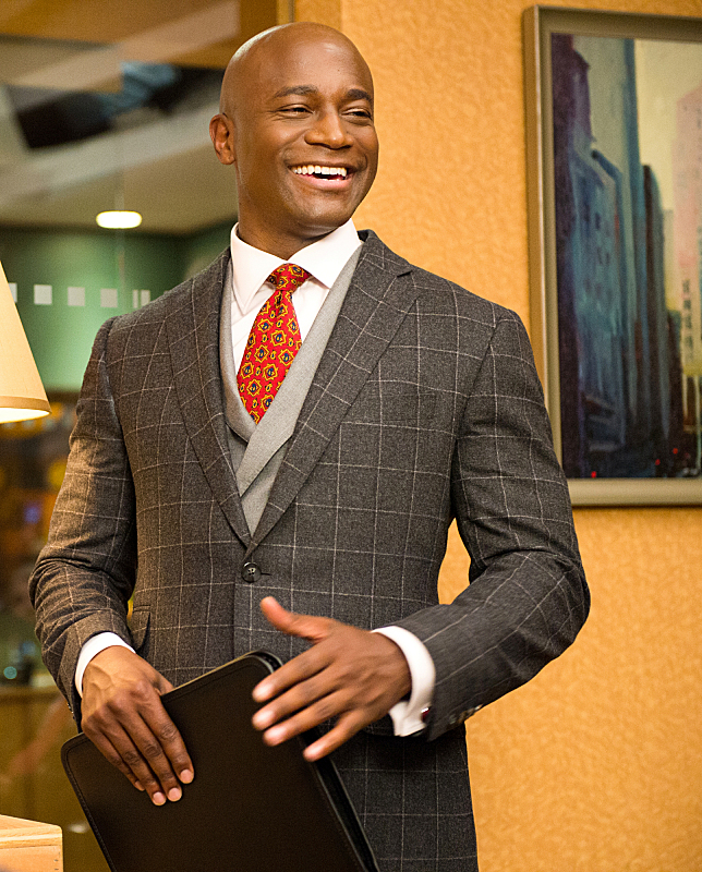 Taye Diggs Guest Stars as Dean Levine-Wilkins in