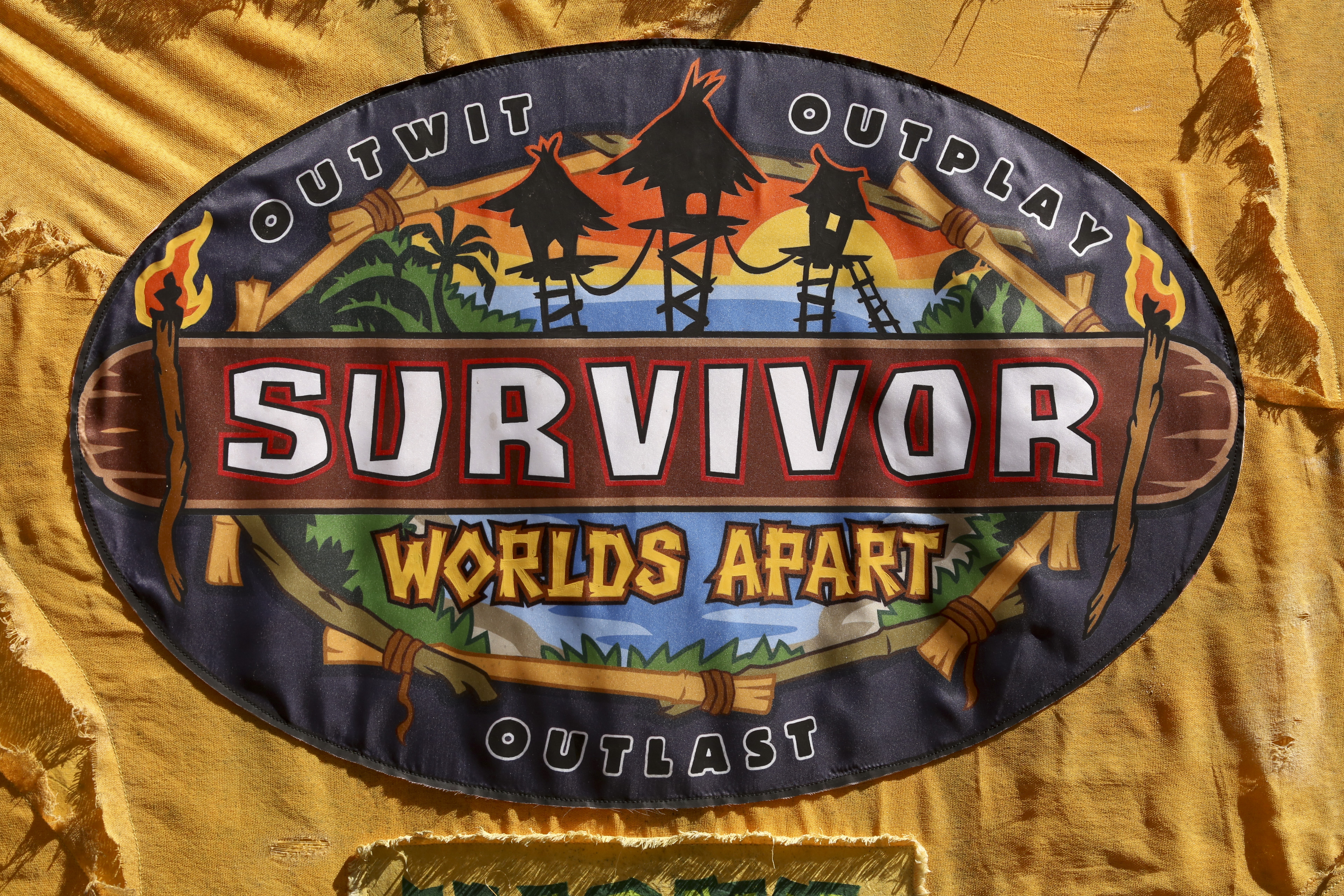 Survivor 30 logo