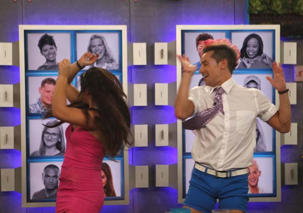 Victoria and Frankie Dance