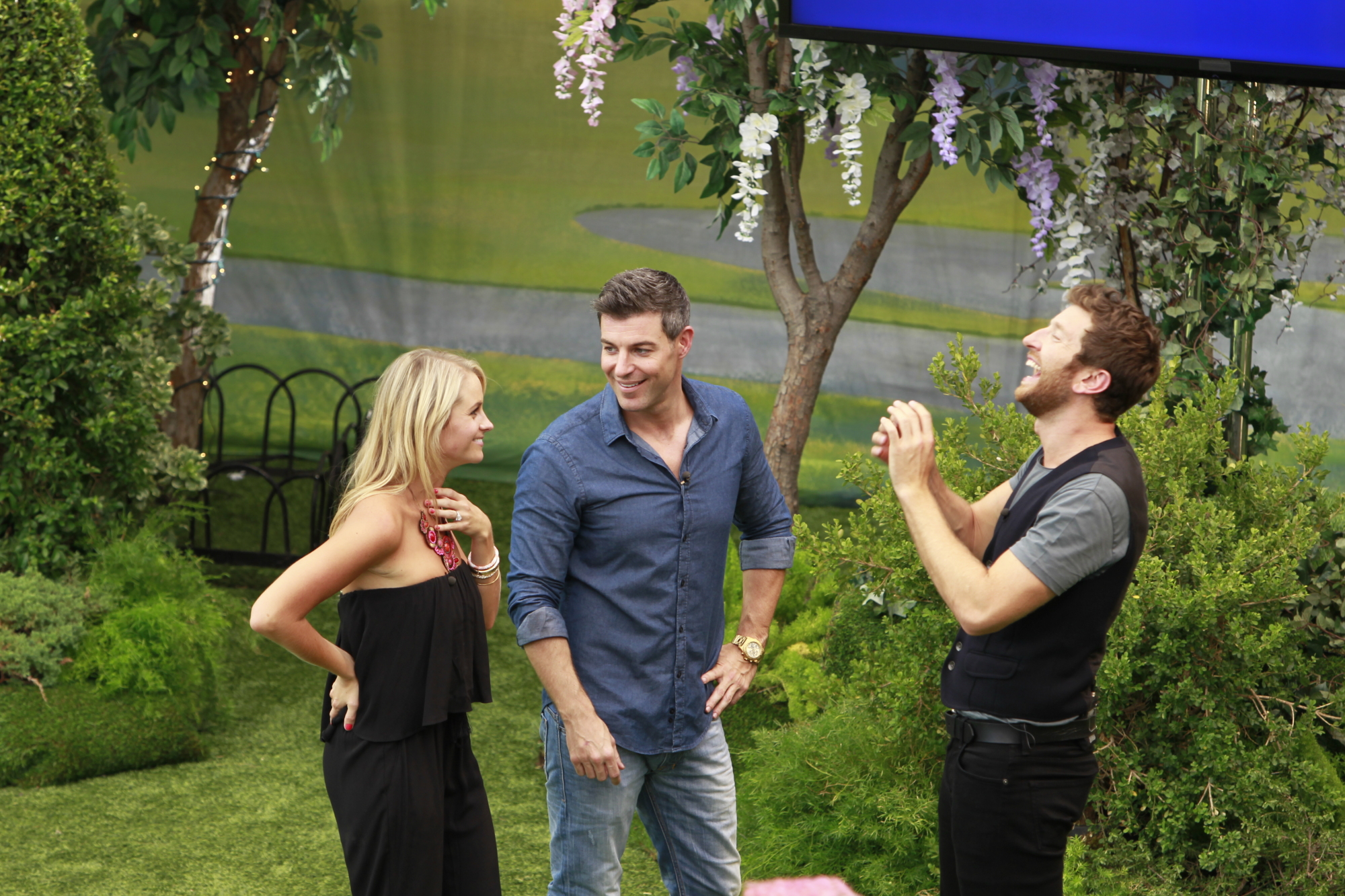 Jeff and Jordan meet country singer Brett Eldredge