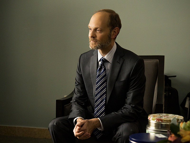 David Hyde Pierce Guest Stars as Legal Commentator Frank Prady