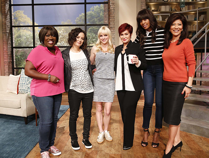Anna Faris and the ladies