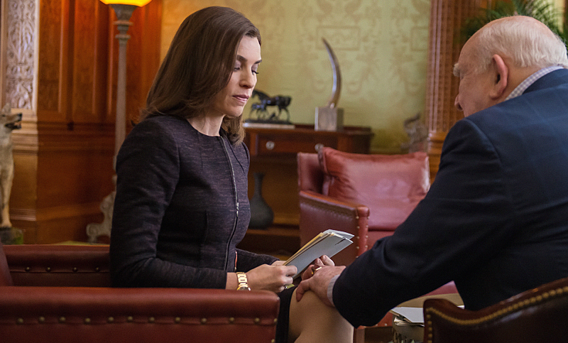 Alicia meets with a campaign donor.