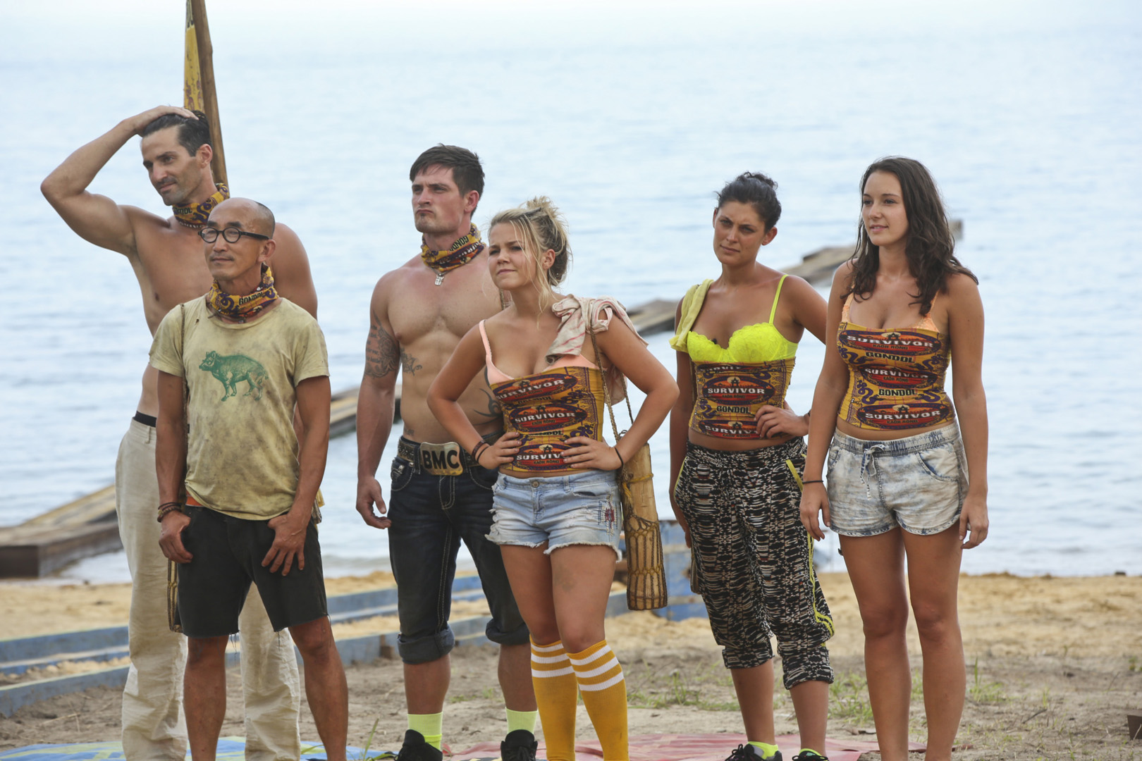 The Beauty Tribe huddles to hear details about their first Immunity Challenge.