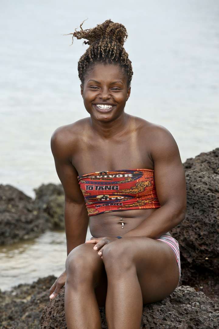 Cydney shows off the physique that landed her on the Brawn Tribe.