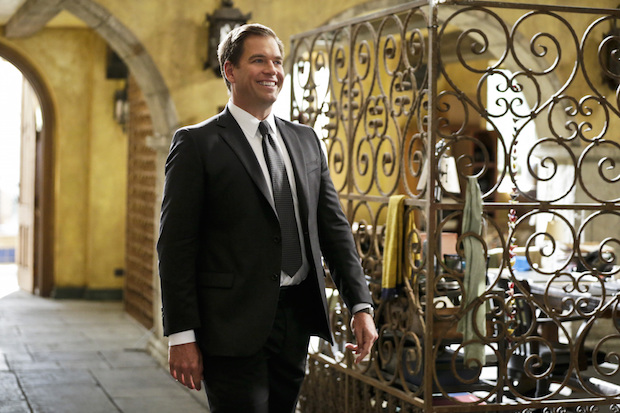 Agent DiNozzo arrives in Los Angeles