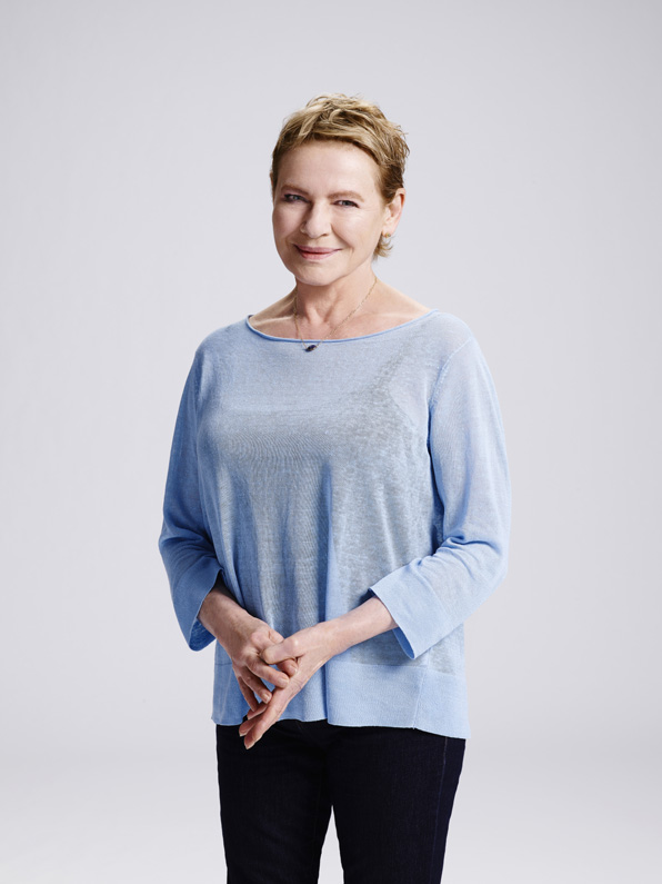 1. Dianne Wiest is the TV mom we've been waiting for.