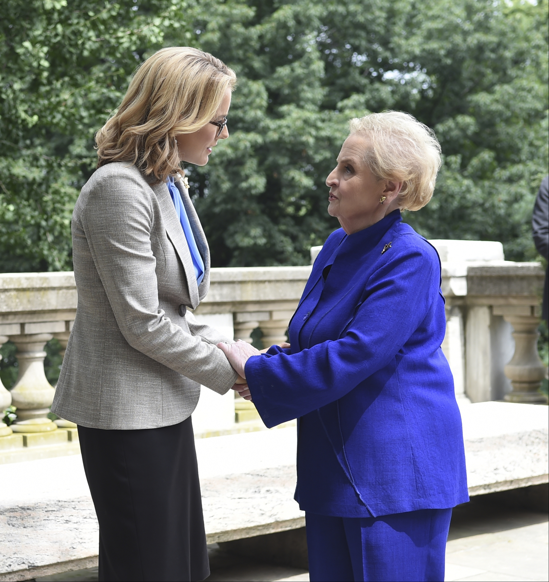 Téa Leoni as Elizabeth McCord and former Secretary of State Madeleine Albright