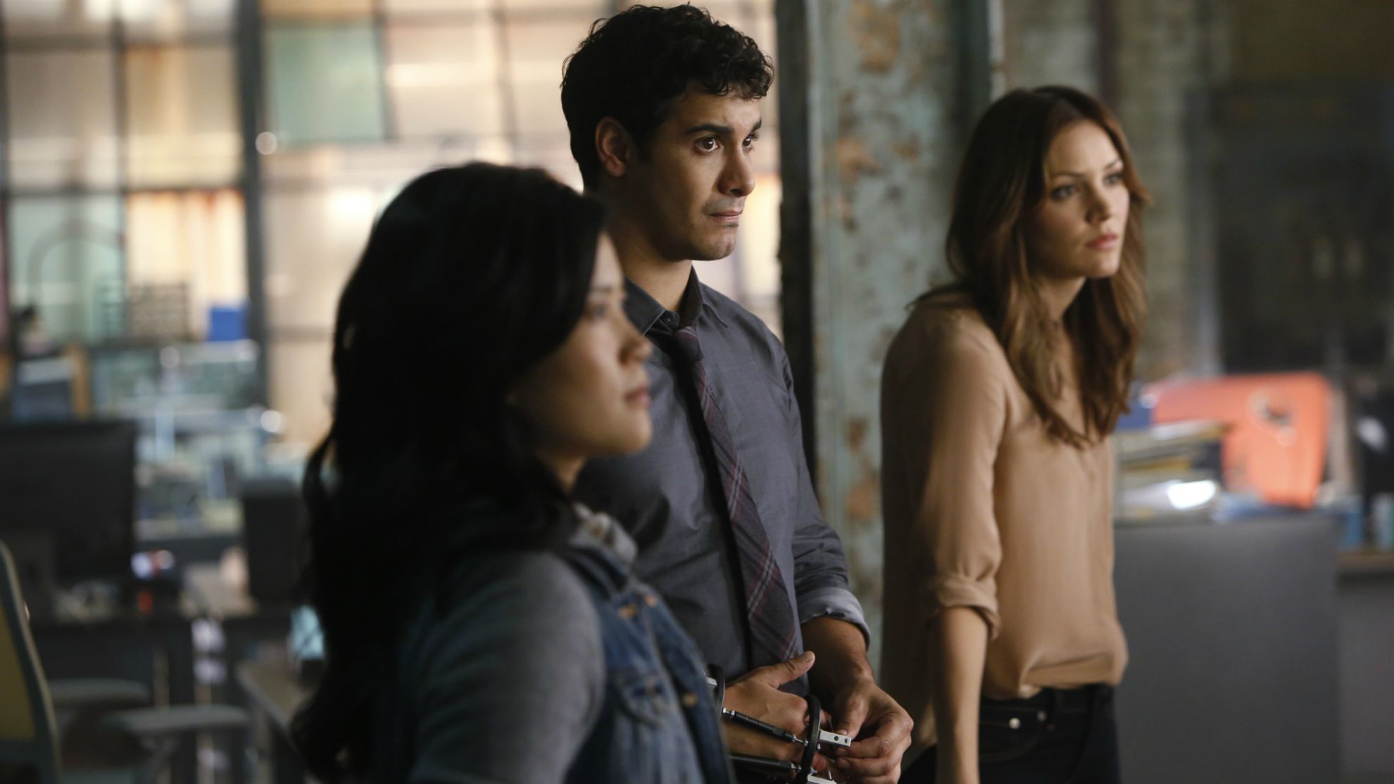 Jadyn Wong as Happy Quinn, Elyes Gabel as Walter O'Brien, and Katharine McPhee as Paige Dineen