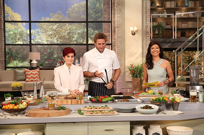 Chef Curtis Stone spices up our kitchen
