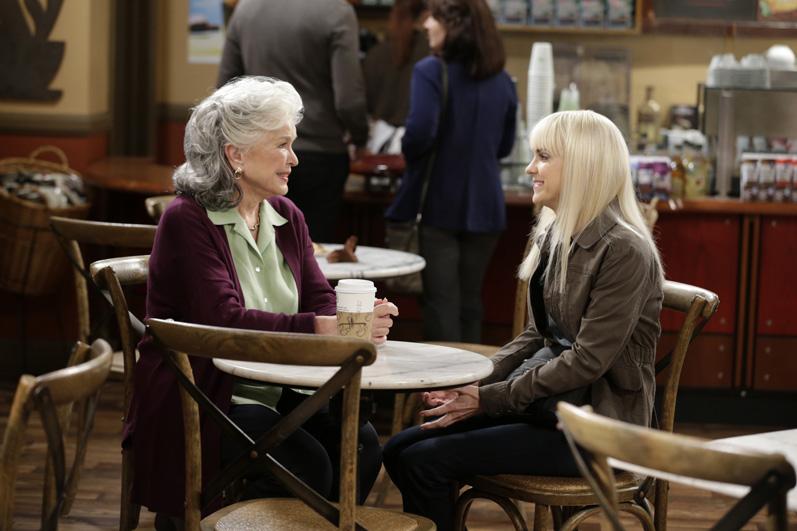 Ellen Burstyn plays Bonnie's estranged mother in the Season 3 premiere.