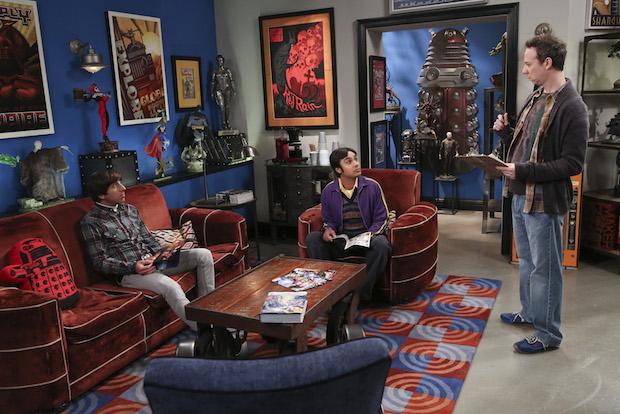 Stuart seeks help from Howard and Raj