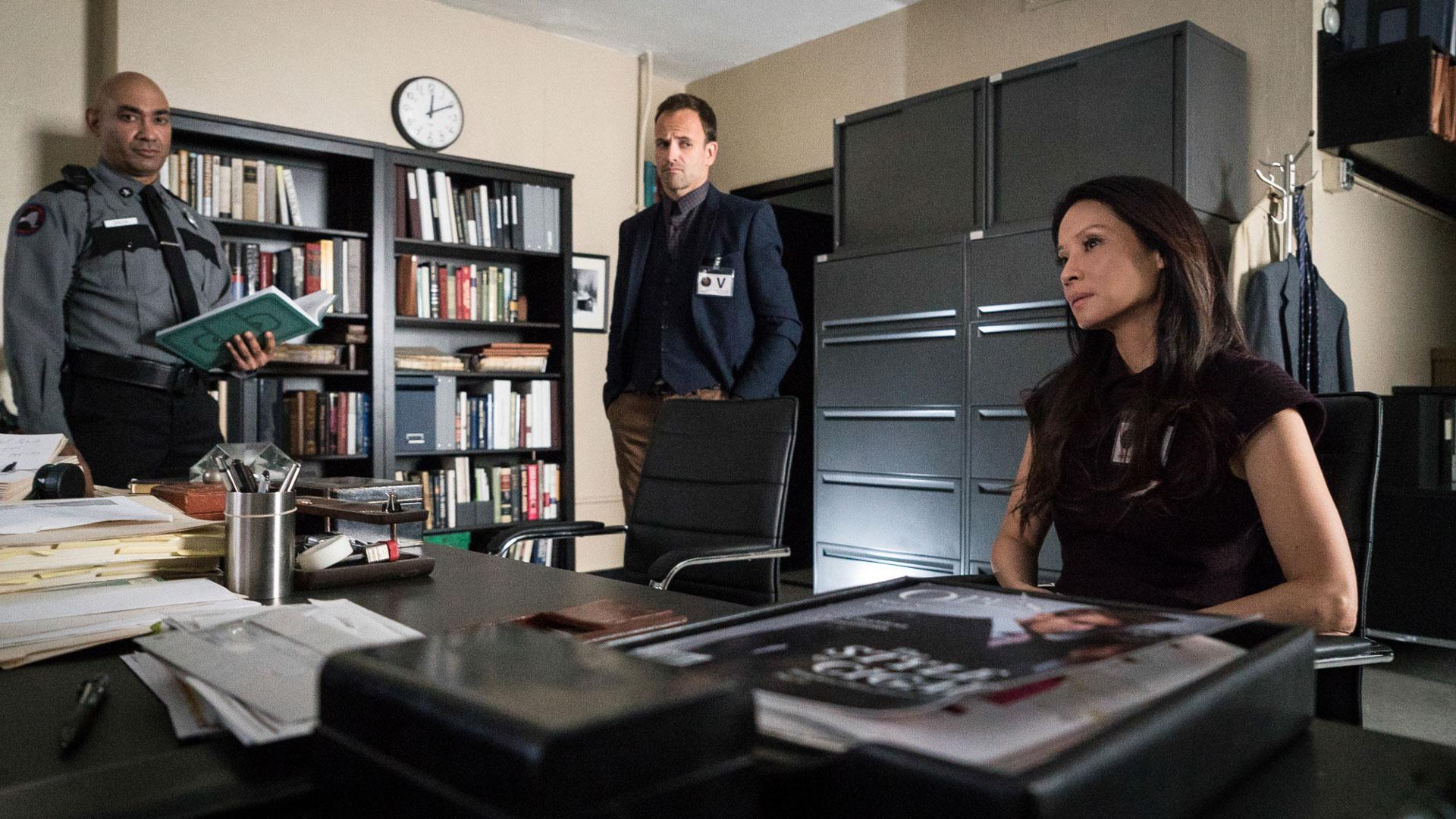 Jonny Lee Miller as Sherlock Holmes and Lucy Liu as Dr. Joan Watson
