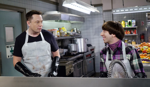 Elon and Howard wash dishes together