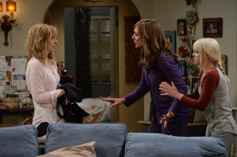 Michelle confronts Christy and Bonnie after passing out at their house