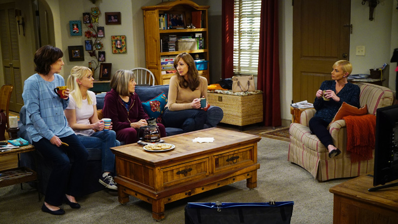 The crew gather at the Plunketts when Bonnie needs some sound advice from the gals.