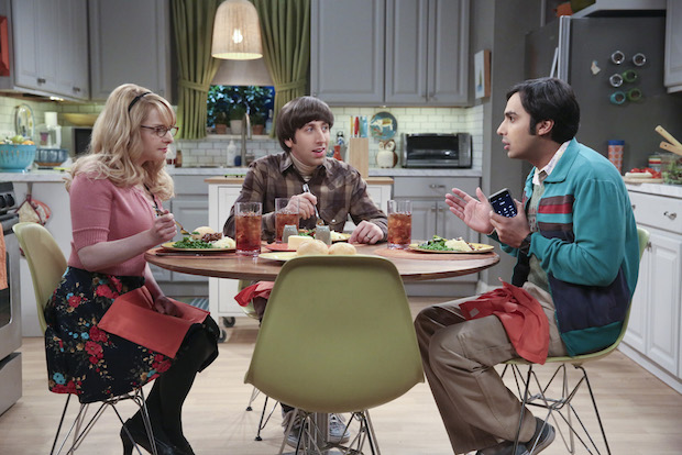Raj joins Howard and Bernadette for dinner to discuss his girl problems.