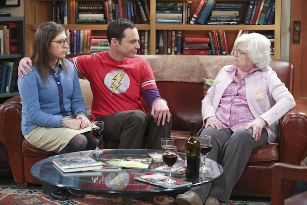 Meemaw makes it known she isn't pleased with Sheldon's girlfriend, Amy.
