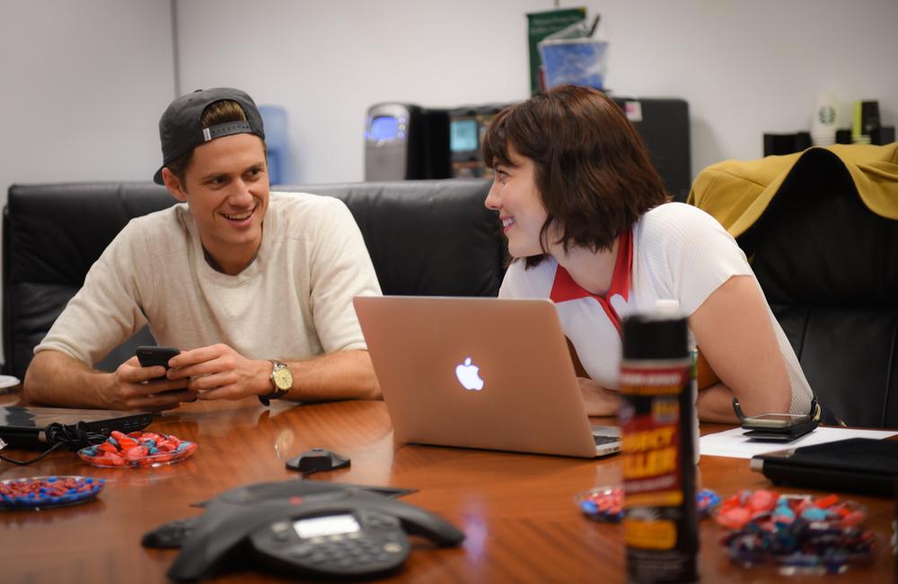 Aaron Tveit and Mary Elizabeth Winstead plan their next tweet.