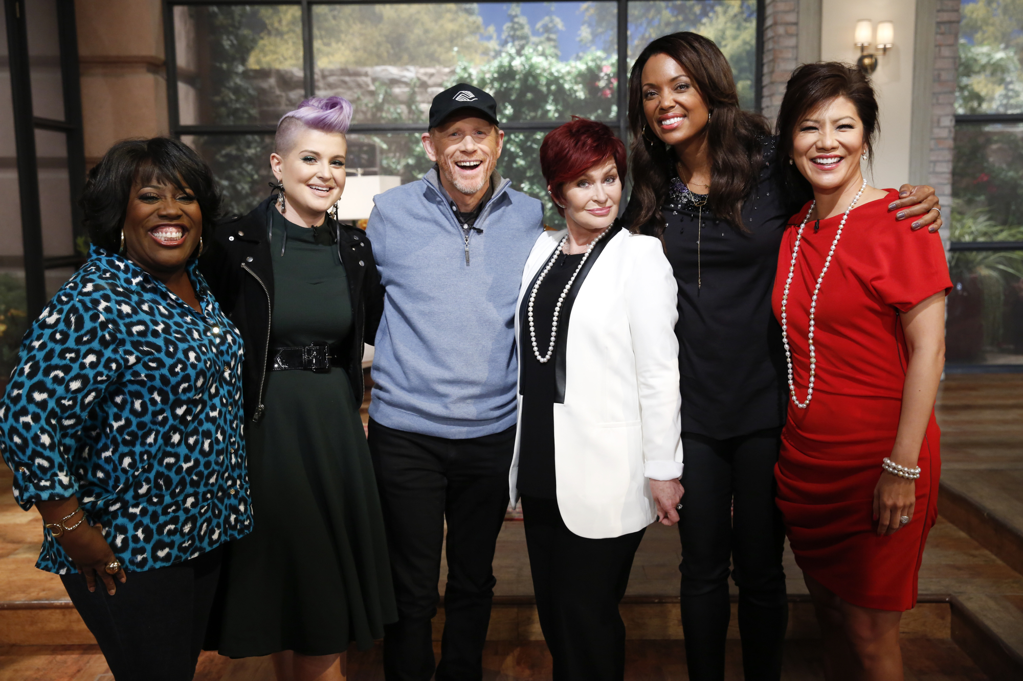 9. The ladies talked with Ron Howard.