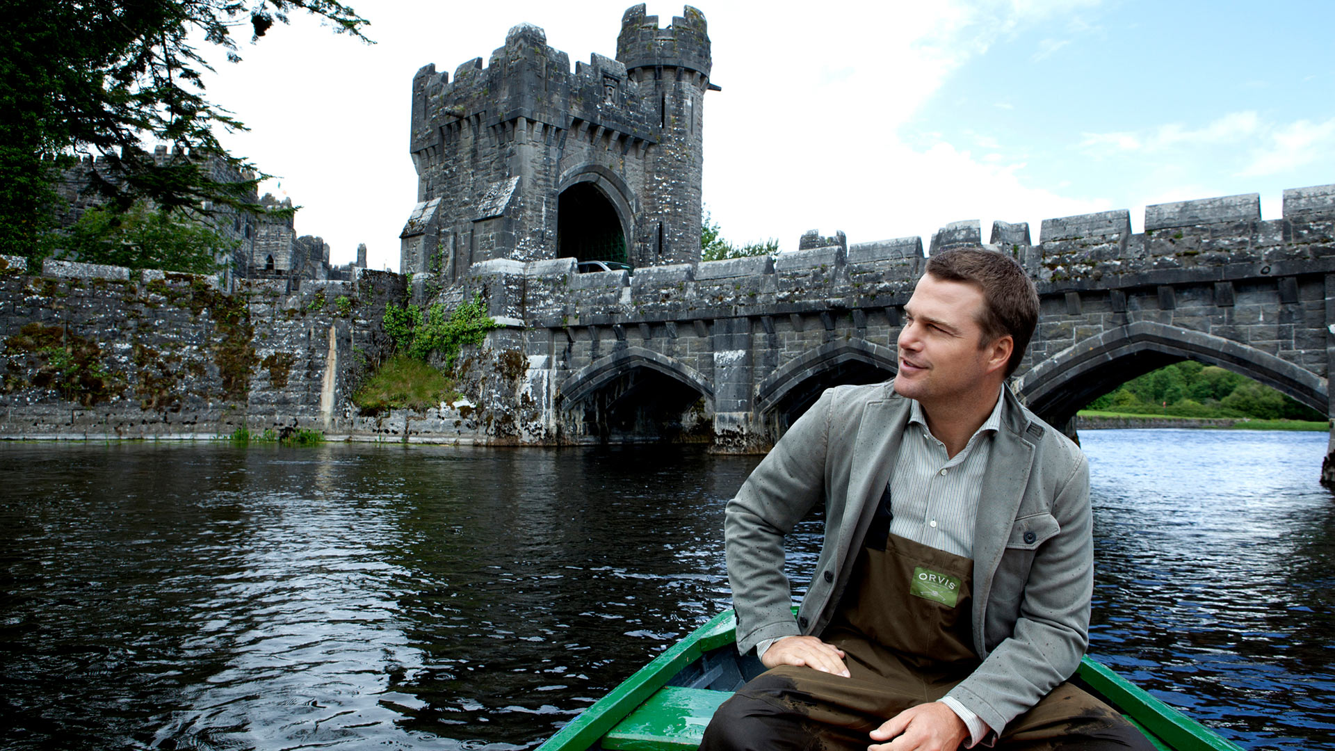 Chris O'Donnell as a man of the Irish countryside