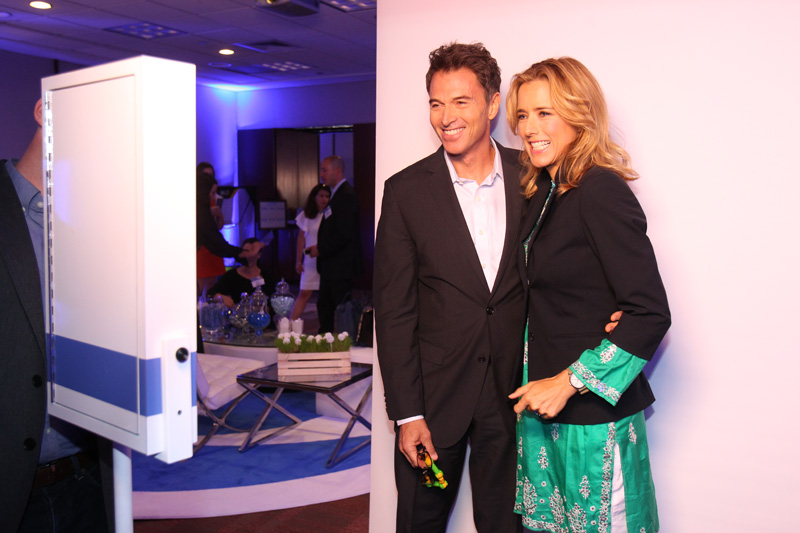 2. Tim and Téa have the same perfect smiles.