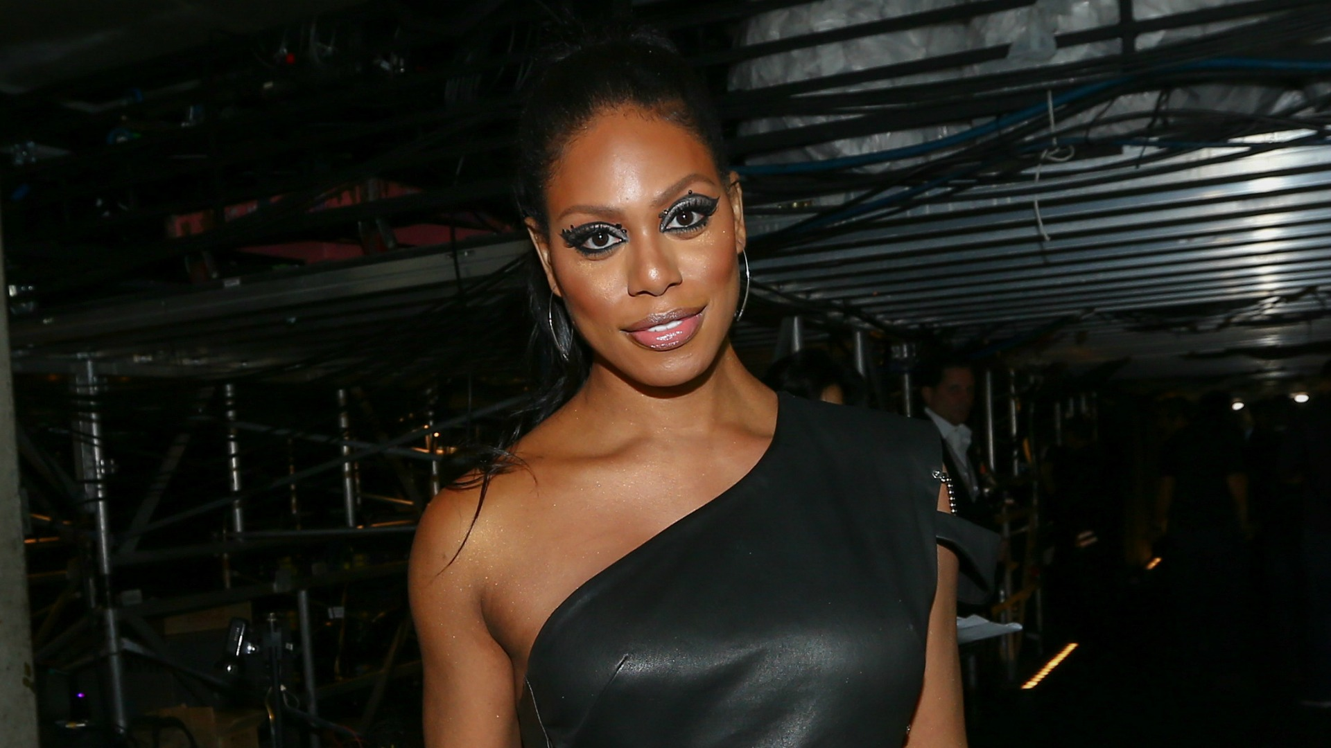 Doubt star Laverne Cox knows how to wear a mean smokey eye.