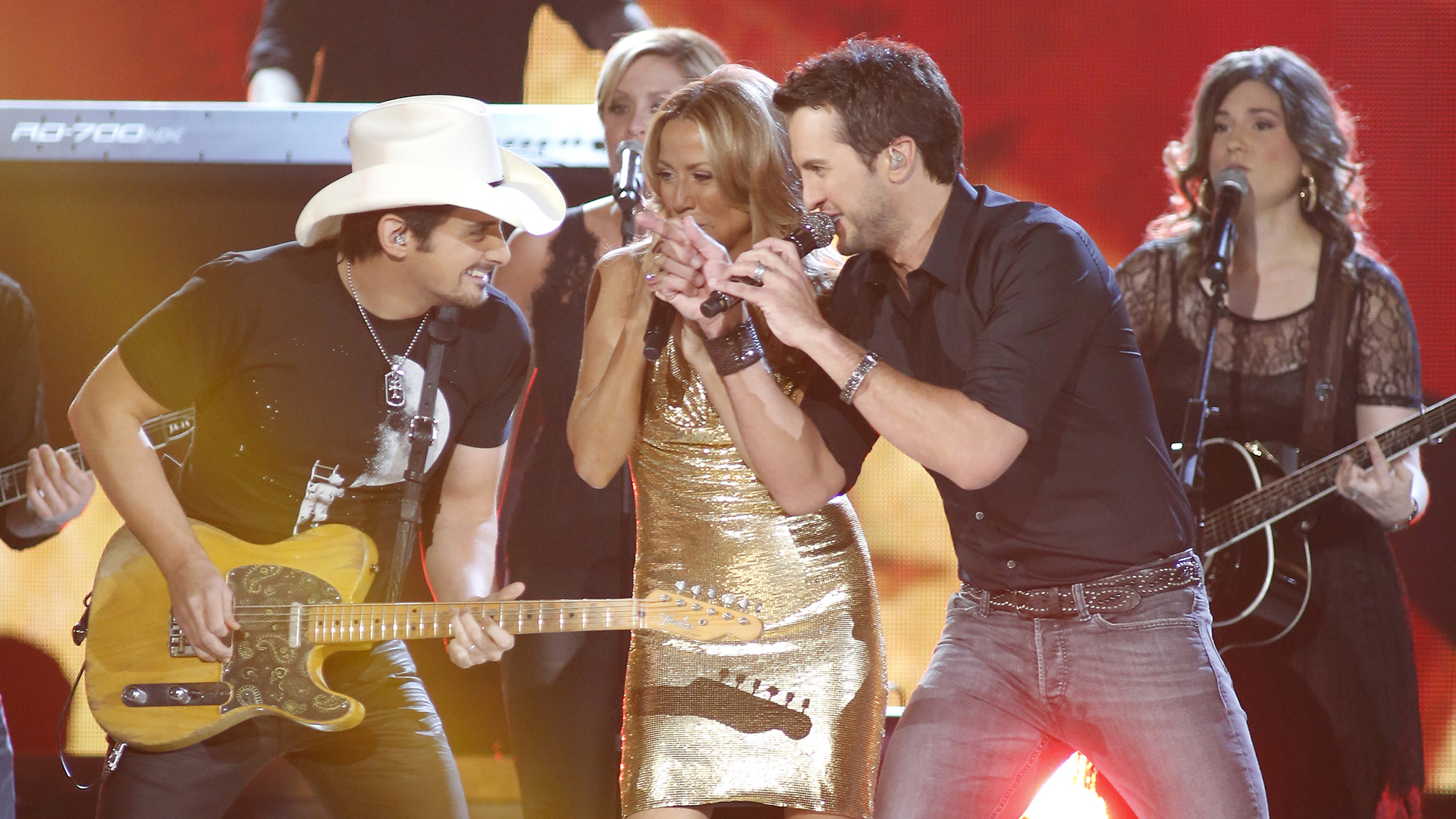 9. Brad Paisley, Luke Bryan, and Sheryl Crow perform